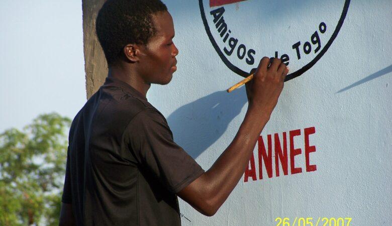 Construcción colegio de Tchebebe