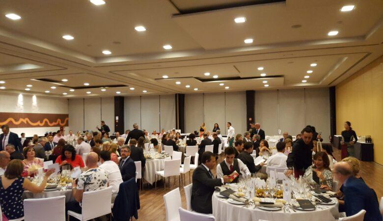 Cena solidaria y entrega de premios